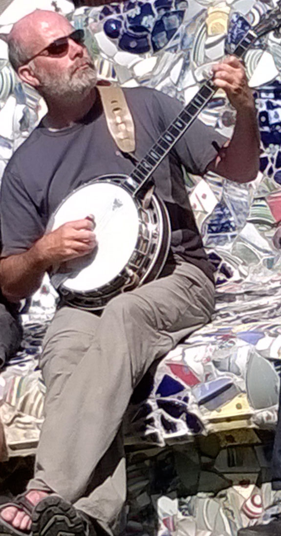 Ian Carmichael playing 5-string banjo
